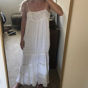Billabong Designers Closet White Maxi Dress